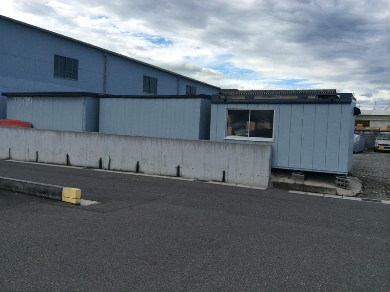岐阜市 A自動車様 プレハブと倉庫の塗装工事をご依頼いただきました。