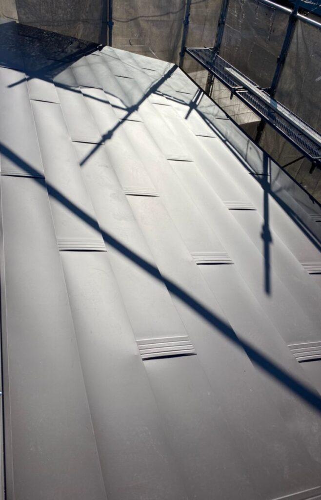 岐阜市 N様邸 カラーベストの屋根をガルバリウム鋼板でカバー工法いたしました。
