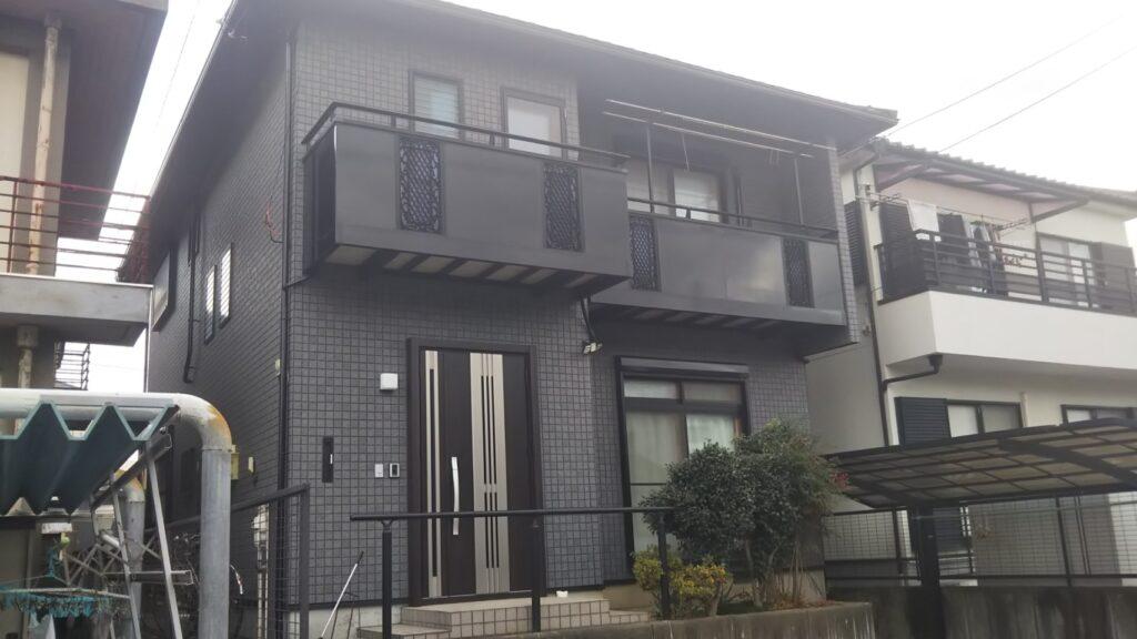 岐阜市のI様邸 全体的なサイディングの貼り替え工事をおこないました。